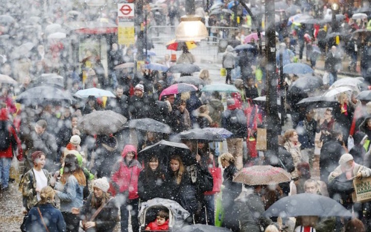 Downpours cause downturn in July retail sales figures